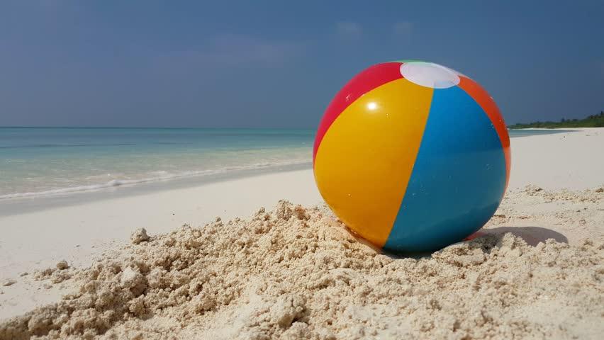 Best Cartoon Beach Ball Illustrations, Royalty-Free Vector ... |Many Beach Balls